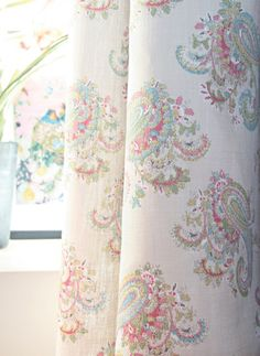 Florence Paisley Fabric A pretty linen union fabric with a multicoloured mid scale paisley design printed with a stitch effect to resemble embroidery on a natural linen coloured ground. Paisley Curtains, Paisley Fabric, Felt Patterns, Fabric Patterns, Kate Forman, Beautiful Blinds, Boho Room, Curtains With Blinds, Lounge Curtains