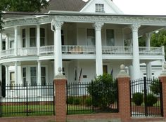 louisiana historical homes   ... historical homes undergoing face lifts to shine once again in splendor
