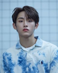 """he looks like hes about to geonbae geonbae"" Nct Winwin, Taeyong, Jaehyun, King Of Hearts, Jisung Nct, K Idols, Nct Dream, Nct 127, Boy Groups"