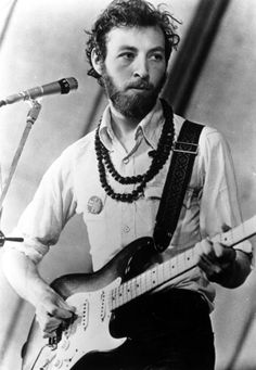 """To stand up on a stage alone with an acoustic guitar requires bravery bordering on heroism. Bordering on insanity."" ~  RICHARD THOMPSON  ♪"
