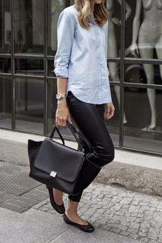 Love that look. Black and light blue do fit together perfectly. Additionally i like the mixture of texture.