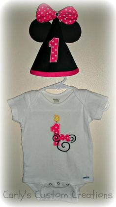 12m minnie mouse birthday outfit. $18 shipped.    #minniemouse #first #birthday