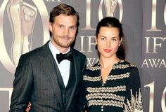 Image from http://www.shemazing.net/wp-content/uploads/2015/02/jamie_and_amelia.png.