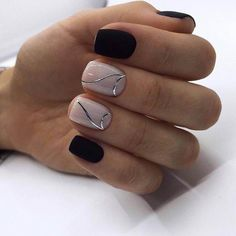 Looking for easy nail art ideas for short nails? Look no further here are are quick and easy nail art ideas for short nails. Black Manicure, Black Nail Polish, Black Nails, Black Nail Designs, Best Nail Art Designs, Easy Nail Art, Cool Nail Art, Cute Nails, Pretty Nails