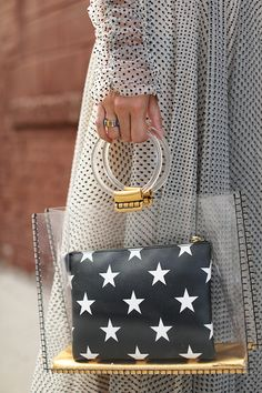 How girls wear clear bags in Clear Handbags, Fall Handbags, Louis Vuitton Handbags, Transparent Bag, Bow Sandals, Clear Bags, Crossbody Bag, Tote Bag, Girls Wear