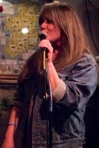 Thyroid Support in Linda's Lounge - Gena Lee Nolin