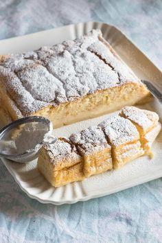 receta pastel inteligente Flan Dessert, Mexican Food Recipes, Dessert Recipes, Delicious Desserts, Yummy Food, Sweet Tarts, Galette, Sweet And Salty, Cookies