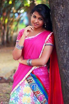 Beautiful Girl Indian, Beautiful Girl Image, Beautiful Saree, Beautiful Indian Actress, Beautiful Actresses, Cute Beauty, Beauty Full Girl, Dehati Girl Photo, Indian Girl Bikini