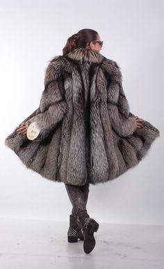 Silver_fox_fur_coat__jacket__knee_length__norvegian_whole_skins.2_636.72_10.25.12