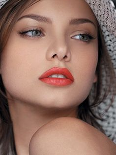 Celebrity Beauty Faves for Flawless Skin & Defined Lips!