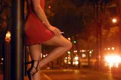 How to Deal with Your Memories of Prostitution While You Were an Addict - http://hopetreatmentcenter.com/2015/12/08/how-to-deal-with-your-memories-of-prostitution-while-you-were-an-addict/