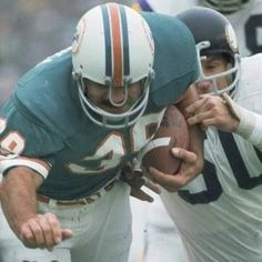 American Football League, National Football League, Nfl Football, Football Helmets, Football Conference, Miami Dolphins, Back In The Day, Larry