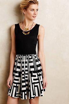 Pulloverkleid mit Streifenmuster in Kurzgröße