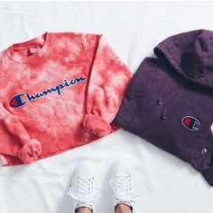 Champion - Can't take our eyes off our new women's Teen Fashion Outfits, Trendy Outfits, Winter Outfits, Summer Outfits, Pacsun Outfits, 90s Fashion, Shorts E Blusas, Champion Clothing, Mode Streetwear
