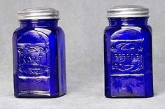 Cobalt Blue 2 PC Salt Pepper Shakers Depression Glass Shakers Retro Embossed for sale online Antique Bottles, Bottles And Jars, Antique Glass, Vintage Bottles, Vintage Perfume, Perfume Bottles, Cobalt Glass, Cobalt Blue, Turquoise Glass