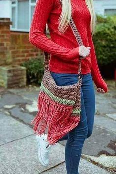 50 Crochet Bag Patterns | Upcycle Art (shared via SlingPic)