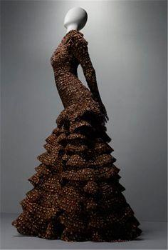 ♦♢♔ ♕ ♚ ♛♦♢ ♦♢♔ ♕ ♚ ♛♦♢Alexander McQueen ♞▀▄▀▄♝▀▄♞▀▄▀▄♝▀▄ ♦♢♔ ♕ ♚ ♛♦♢♦♢♔ ♕ ♚ ♛♦♢ Alexander McQueen Savage Beauty Exhibition in London