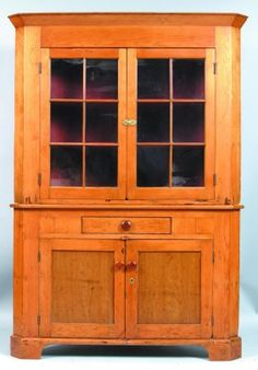 Pennsylvania Softwood Two Part Corner Cupboard. Mo : Lot 505