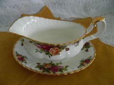 VTG Royal Albert Old Country Roses Bone China England Gravy Boat & Under Plate #RoyalAlbert