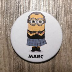 Chapa del diseñador Marc Jacobs en forma de por SuplementoDeModa