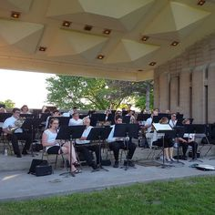The Burlington Concert Band warms up for their first performance of the season.  #btv #vt #sousa