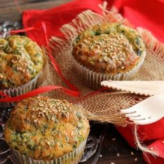 Muffins with spinach and parmesan recipe