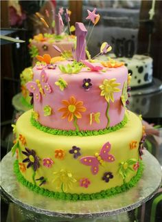 """Charly's Bakery Cape Town - Cape Town's version of """"The Cake Boss"""" Cake Pics, Cake Pictures, Cute Birthday Cakes, Good Enough To Eat, Awesome Food, Girl Cakes, Cute Cakes, Celebration Cakes, Let Them Eat Cake"""