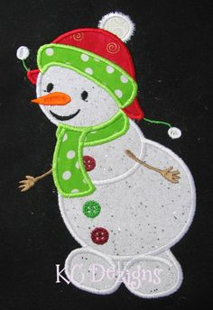 Happy Snowman 01 Applique Applique Embroidery Designs, Machine Embroidery Applique, Applique Patterns, Christmas Humor, Christmas Themes, Holiday Crafts, Christmas Ornaments, Christmas Applique, Christmas Embroidery