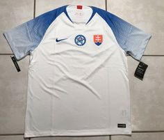 41ce78ed83a Details about NWT NIKE Slovakia National Team 2018 Soccer Jersey Men's  Medium