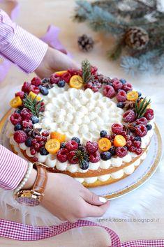 Winter cake mascarpone e arancia (dessert presentation) Baking Recipes, Cake Recipes, Dessert Recipes, Snacks Recipes, Burger Recipes, Recipes Dinner, Casserole Recipes, Breakfast Recipes, Vegetarian Recipes