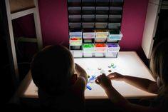 Organización. Nuestros materiales para la mesa de luz | Tigriteando