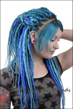 Amazing Dreadlocks - i could never pull it off but always loved dreads