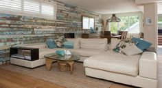 Feature Wall made of Recycled Timber | Country Home Ideas