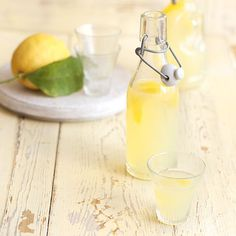 Make up a batch of this boozy lemony drink - it's great as a homemade gift or poured over ice cream, from BBC Good Food. Vegan Christmas, Christmas Pudding, Christmas Cooking, Fruit Scones, Plum Tart, Lemon Vodka, Mug Cake Microwave, Diy Cadeau, Bbc Good Food Recipes