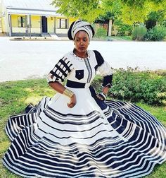 African Traditional Wear, African Traditional Wedding Dress, African Fashion Dresses, African Dress, Fashion Outfits, African Patterns, Xhosa, Zulu, African Beauty