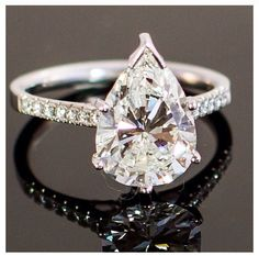 Starting to reconsider a pear shaped ring. Especially when this one looks so pretty.