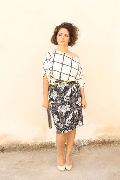 Black and white mix and match Curvy outfit of the day: Mixed prints in black and white