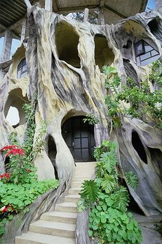 In Photos: Hobbit Houses, nature friendly designs around the world - Promoting Eco Friendly Lifestyle to Save Enviornment - Ecofriend