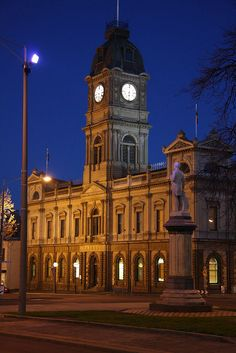 Historic Houses, Victoria Australia, Places Of Interest, My Town, Town Hall, Urban Landscape, Australia Travel, Historical Photos, Continents