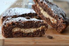 Crostata morbida al cacao con mascarpone e caffè, golosa si scioglie in bocca, un goloso impasto morbido al cacao ed un ripieno cremoso al caffè
