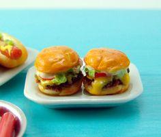dollhouse miniature cheeseburgers