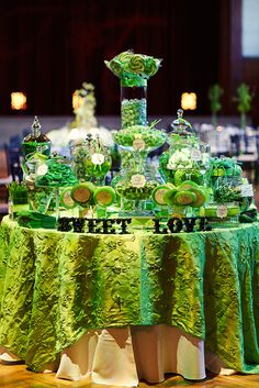 Golf themed wedding favors are sure to be a big hit at your wedding reception. Candy Table, Candy Buffet, Wedding Candy, Wedding Favors, Wedding Ideas, Green Wedding Decorations, Candy Display, Green Candy, 25th Wedding Anniversary