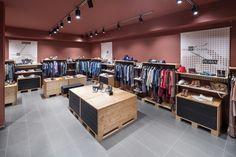 Оригинальный проект магазина одежды Permettersi i Marchi