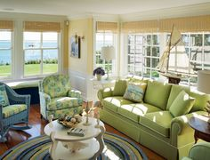 Don't you love the colors found in this room? Its nautical appeal and relaxed feeling makes of this family room the perfect place to enjoy the ocean views.