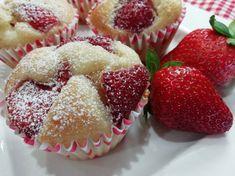 Najlepšie hrnčekové muffiny s jahodami a tvarohom, rýchly RECEPT Diy And Crafts, Muffins, Recipies, Cheesecake, Food And Drink, Cupcakes, Sweets, Breakfast, Desserts