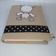 textilní obal na knihu s aplikací Notebook Covers, Journal Covers, Machine Embroidery, Wallets, Quilts, Sewing, Books, Custom Notebooks, Decorated Notebooks