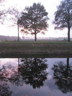15 november 2013 Zonsondergang 2013 bij het Oranjekanaal tussen de Wezuperbrug en Orvelte. Drenthe