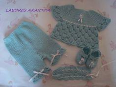 CONJUNTOS DE BEBÉ HECHOS A MANO/HANDMADE BABY SETS | LABORES ARANTZA. Para tu bebé, para ti, para tu hogar