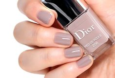 Dior Fall 2014 - Pied de Poule Nail Color