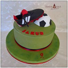 Sports cake by Tortolandia